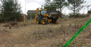 Выкорчевка пней трактором